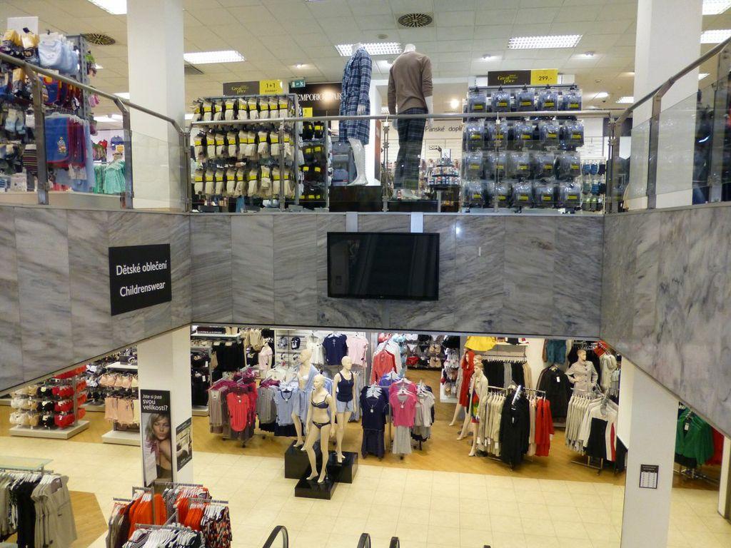 debenhams department store, Prague