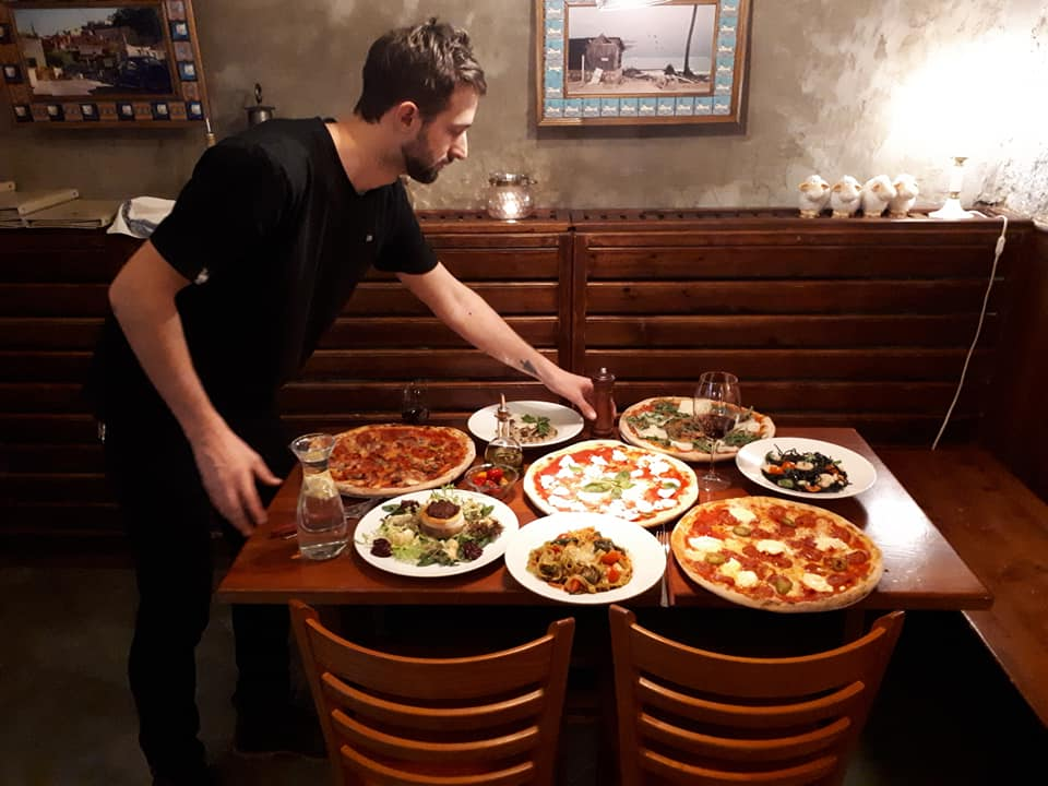 pizzeria-kmotra-prague