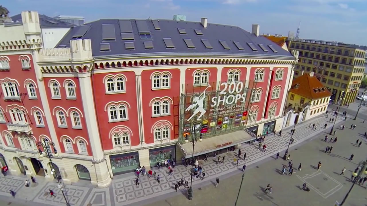 Palladium prague shopping centre n m st republiky praha for Prague center