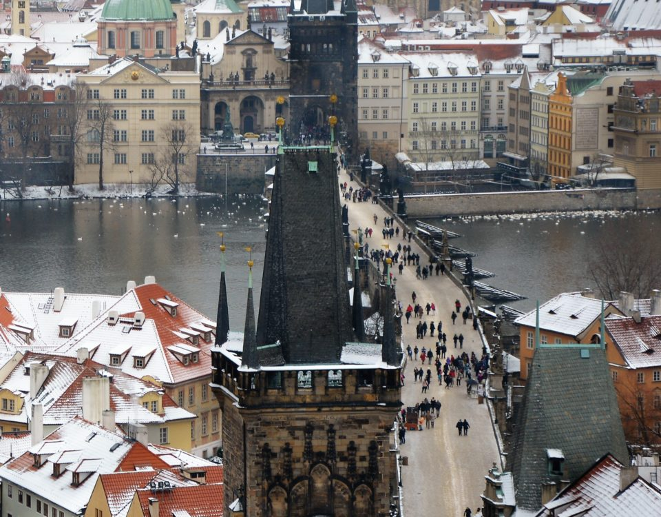 winter-charles-bridge