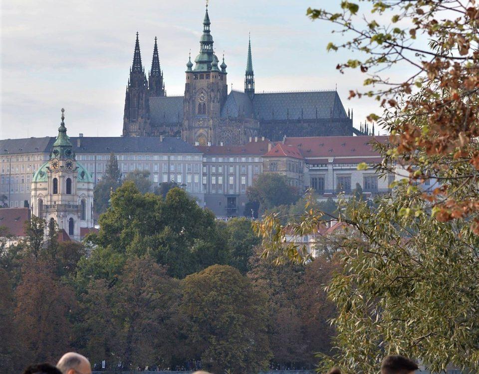 Autumn-Prague-Castle