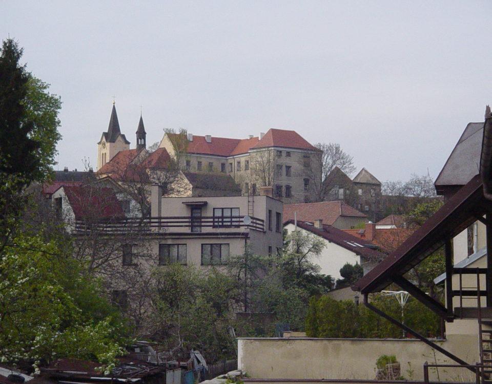 Chvaly Chateau (Chvalský zámek)